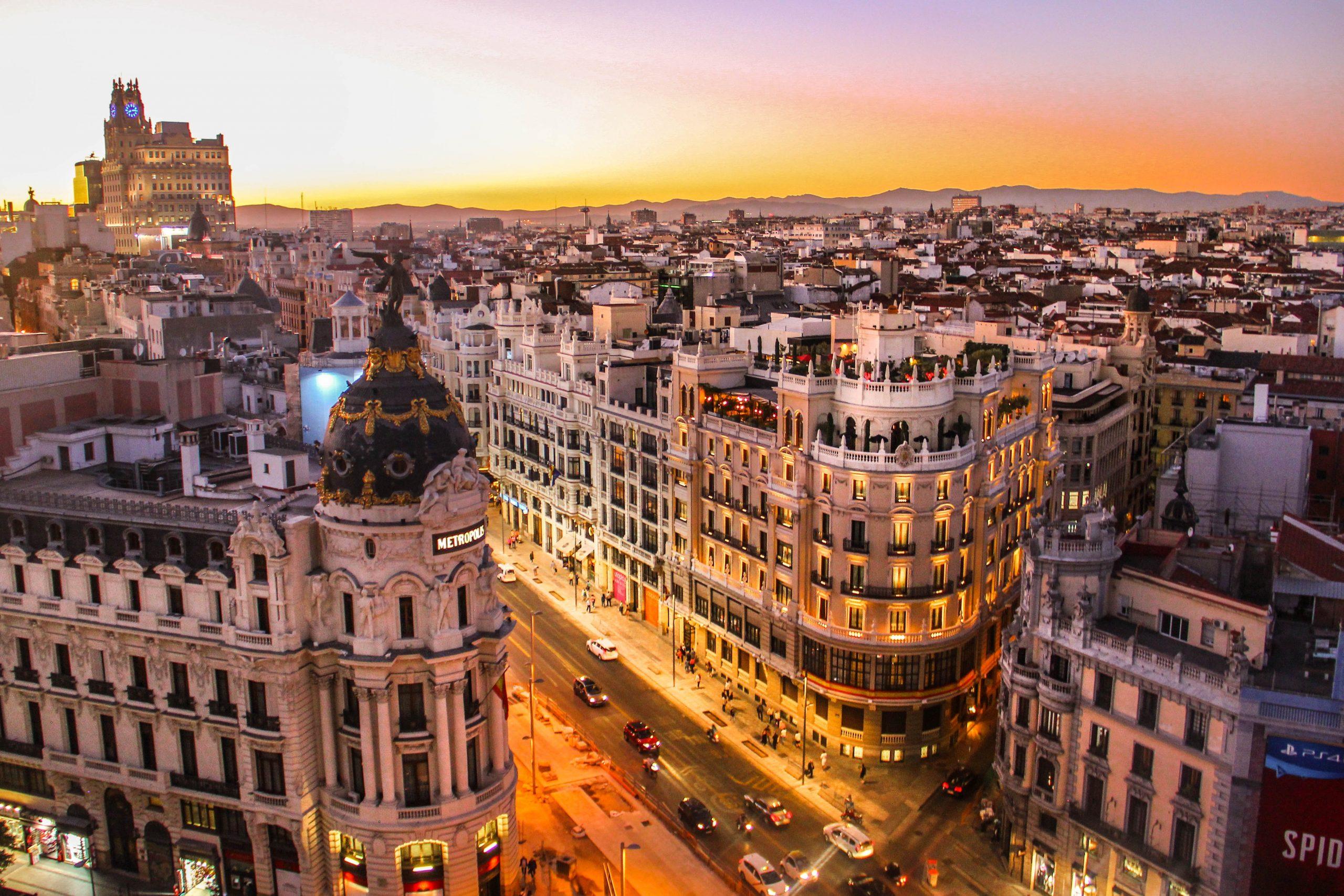 Madryt hotele Hiszpania rezerwacje
